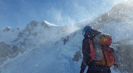 Ekstremna hladnoća u Kini usmrtila najmanje 20 ljudi u ultramaratonu. Oluja zahvatila planinski predjel