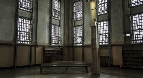 Bivšilider bosanskih Srba Karadžić žali se na azbest u britanskom zatvoru