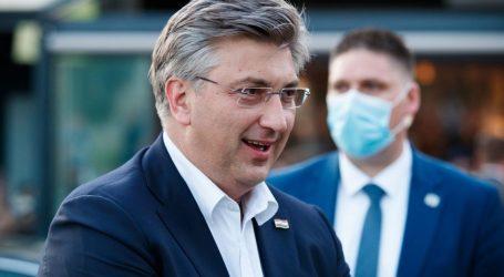 """Plenković: """"Puljak se predstavlja kao centar, došao je iz stranke koja se zvala Pametno. Nit' je centar, nit' je prepametno"""""""