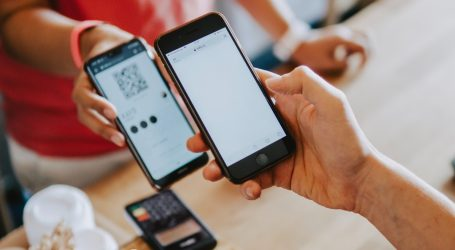 Plaćanje putem mobitela i QR kodova sve popularnije