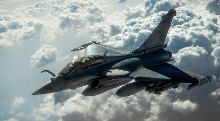 U nabavi vojnih zrakoplova Hrvatska bira između dugogodišnjeg NATO partnerstva sa SAD-om i nove inicijative francuskog predsjednika Macrona