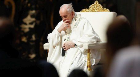 Papa Franjo poziva na pomirenje nakon otkrića dječje masovne grobnice u Kanadi