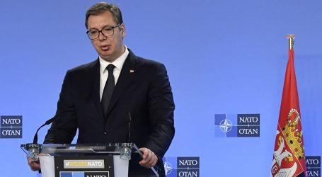 Vučić kaže da je Srbija spremna na dijalog o Kosovu, ali ne i na poniženja