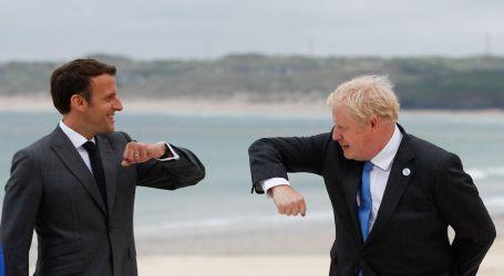 Samit G7: Francuski predsjednik Macron i britanski premijer Johnson zavadili se zbog kobasica