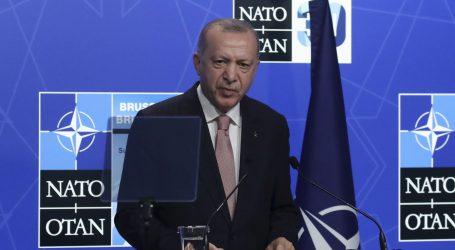 'Zategnuti odnosi': Erdogan se sastao s Bidenom, kaže da su razgovori bili 'produktivni i iskreni'