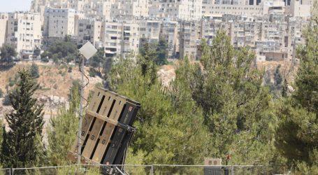 Odgovor na lansiranje zapaljivih balona: Izraelske zračne snage napale palestinski kamp za obuku