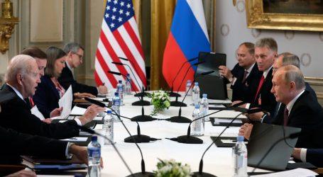 """Putin najavio povratak veleposlanika nakon """"konstruktivnog"""" sastanka"""