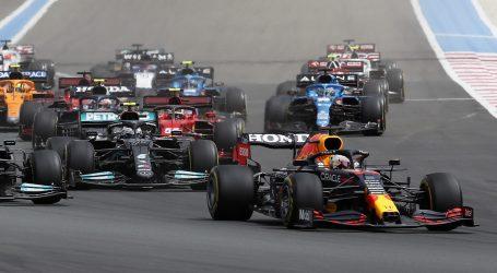 F1: Verstappen slavio ispred Hamiltona, to mu je treća pobjeda ove sezone
