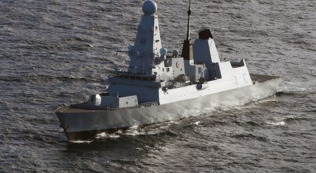 Incident u Crnom moru: Rusi objavili da su otvorili 'vatru upozorenja' na britanski vojni brod, ispalili četiri visoko eksplozivne kasetne bombe