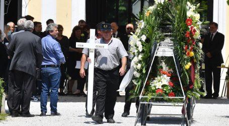 Pokopan pretučeni Varaždinac, grad poziva na dostojanstvo i razum