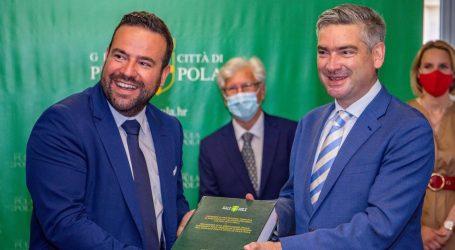 Zbog pobune novinara protiv uredničke politike Glasa Istre u kampanji, Zoričić će preispitati ugovore s Gradom