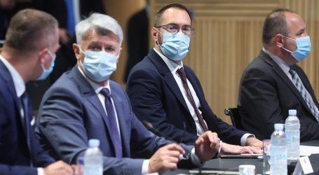 """Plenković s Tomaševićem i županima: """"Cjepiva ima toliko da je razlika između utrošenih doza i onih koje su došle u RH oko 500.000"""""""