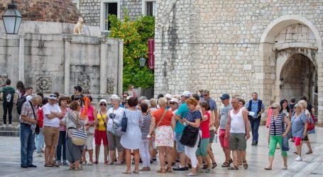 Uoči ljetnih putovanja, WHO upozorio da Europa 'nikako nije izvan opasnosti'