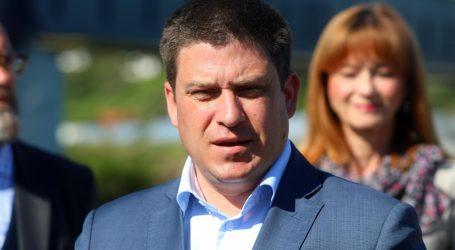 Ministar Butković obišao infrastrukturne projekte u Dubrovačko-neretvanskoj županiji, posjet završio kod Pelješkog mosta