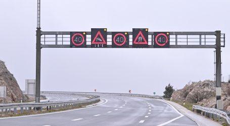 HAK: Jaki vjetar na autocesti A6 usporava promet, na graničnim prijelazima moguća čekanja