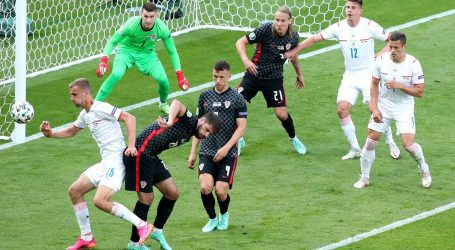 Hrvatska je osvojila bod protiv Čeha, za prolazak skupine moraju slaviti protiv Škotske. Evo kalkulacija