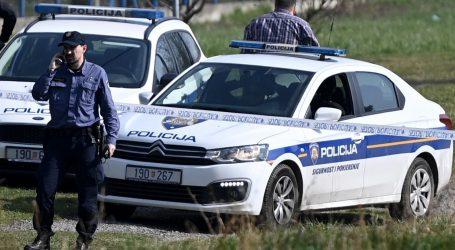 Pokušaj ubojstva: Mladić u stanu u Novom Zagrebu izbo 46-godišnjakinju, uhićen je
