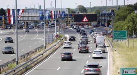 HAK: Tijekom dana očekuju se gužve na cestama, već od jutra pojačan promet