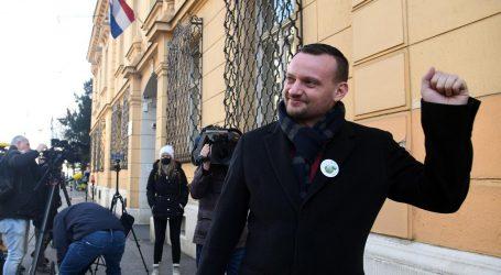"""Gradonačelnik Oroslavja: """"Bivša vlast isključila nam je internet"""""""