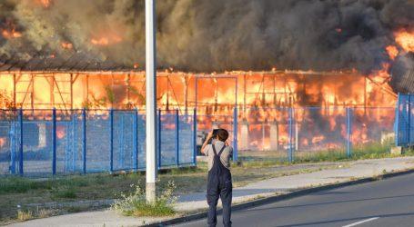 Čakovčanima preporučeno da zatvaraju prozore nakon velikog požara u utorak
