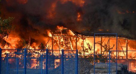 """Veliki požar u Čakovcu, lakše ozlijeđena trojica vatrogasaca: """"Od temperature su se počeli topiti dijelovi na vatrogasnim vozilima"""""""