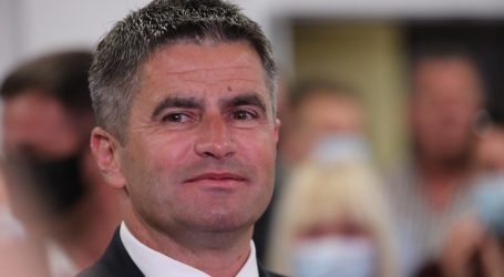 Vice Mihanović pozvao splitske HDZ-ovce da podnesu ostavke u splitskim gradskim tvrtkama