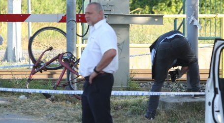 Biciklist poginuo na mjestu nakon naleta vlaka u Dubravi, očevid u tijeku