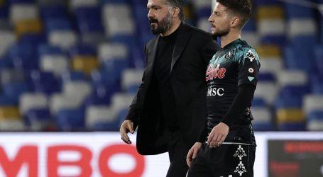 Zbog neslaganja oko poslova s Jorgeom Mendesom Fiorentina i službeno raskinula suradnju s Gattusom