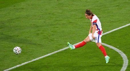 Luka Modrić proglašen najboljim igračem trećeg kola Europskog prvenstva