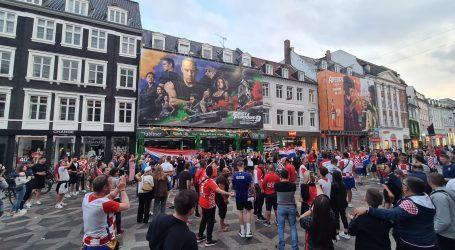 Atmosfera u Danskoj je odlična, navijači bodre Vatrene, hrvatske pjesme odzvanjaju Kopenhagenom uoči dvoboja sa Španjolskom