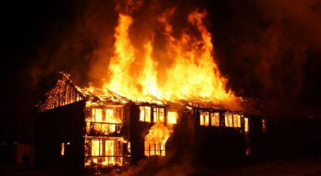 Poginule dvije osobe u požaru vikendice kod Bjelovara