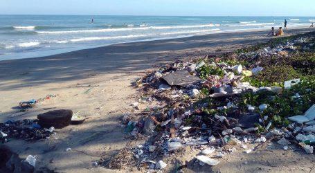 Većina plastike u morima pluta blizu obale, Sredozemno more je zatvoreno i posebno u opasnosti