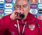 Ruski izbornik ne slaže se s Ronaldom, od gušta je iskapio svoju bočicu Cole