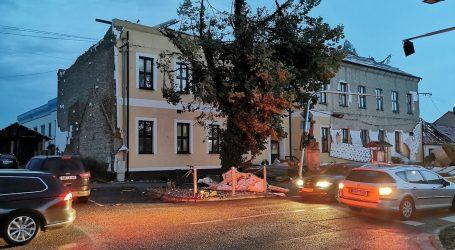 Tornado u Češkoj: Petero mrtvih, stotine ozlijeđenih, kuće i crkve srušene do temelja. Pogledajte snimku dronom
