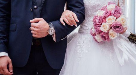 Nepoštivanje mjera na svadbi: Mladenci iz Metkovića osumnjičeni za širenje i prenošenje zaraze