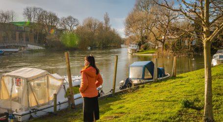 Za sve više Engleza riječni brodovi su dom