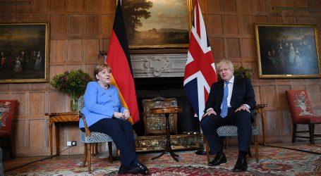 Johnson i Merkel razgovarali o restrikcijama za putovanja