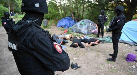 Srbijanska policija na obali Tise pronašla ilegalni kamp migranata