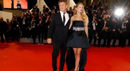 Sean Penn u Cannesu s kćeri Dylan kojoj je dodijelio glavnu ulogu