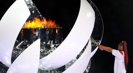 Japanski car Naruhito službeno otvorio Igre, Naomi Osaka upalila olimpijski plamen