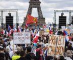 Upotrijebljen i suzavac: Sukob pariške policije s prosvjednicima protiv covid mjera