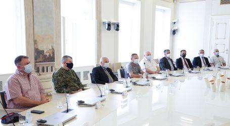 Plenković se sastao s ratnim zapovjednicima obrane Vukovara