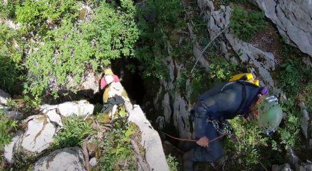 """Speleoronilačka ekipa na Velebitu: """"Djeluje kao da nema veze s jamom Nedam, ušli smo u nešto novo"""""""