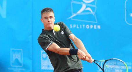 Ajduković uvjerljiv u debiju na ATP Touru u Umagu