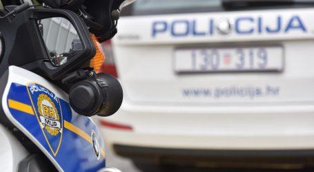 Policajac s inspektorima obilazio ugostiteljski objekt u Splitu, mladić ga pogodio čašom