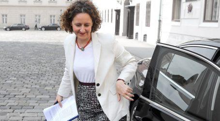 'Ministrica kulture je predložila neustavan Zakon o autorskom pravu čiji je cilj pogodovanje jednoj udruzi'