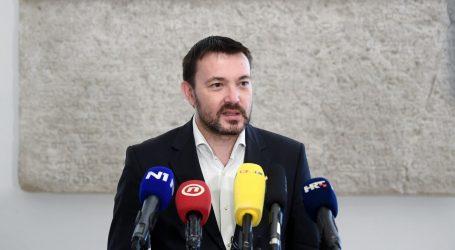 """Arsen Bauk osudio prijetnje Grmoji i poručio: """"Poštujte homoseksualce, to su naši sugrađani, a ne budimo pederi"""""""
