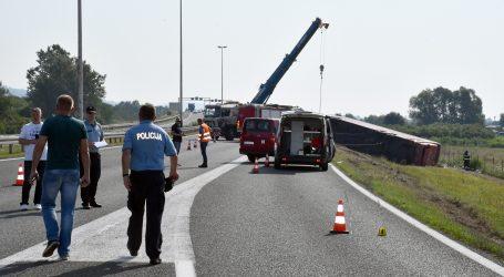 Policija objavila detalje stravične nesreće kod Slavonskog Broda, deset osoba poginulo, 15 teško ozlijeđeno