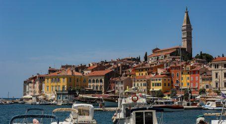 Pula: U Istru tijekom vikenda ušlo više od 145 tisuća putnika