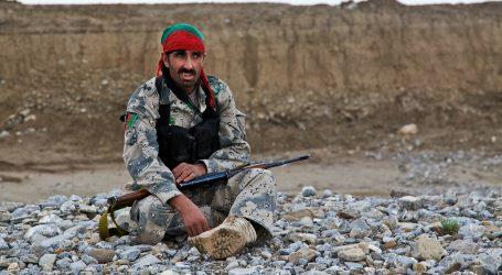 Talibani osvajaju sjever Afganistana, vojnici bježe u susjedni Tadžikistan
